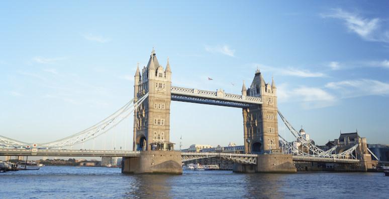 מה לעשות בלונדון? להתרשם מגשר מצודת לונדון