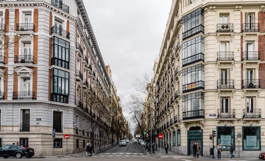 שדרת קסטיאנה ברובע סלמנקה של מדריד