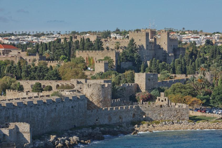 השער הימי והביצורים של העיר העתיקה של רודוס
