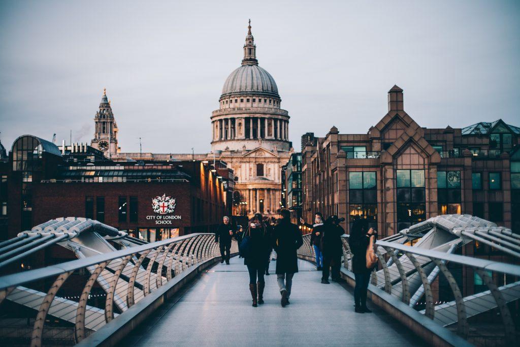 גשר המילניום, לונדון